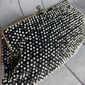 Vintage Beaded Clutch Coin Purse Alligator Opening Snap Clasp Textured